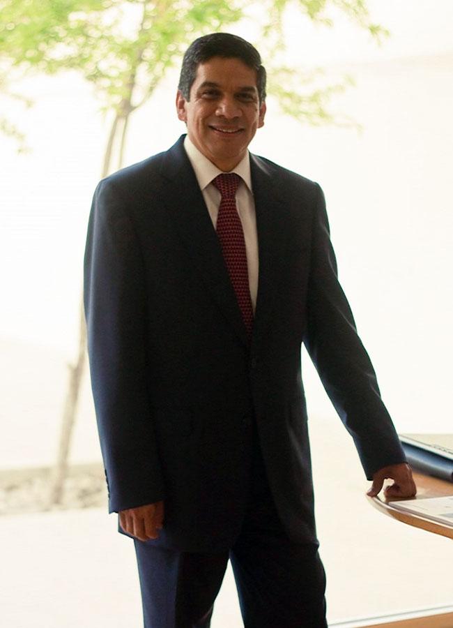 umin-rector-dr-roberto-rueda-ochoa